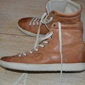 Lascolana ботинки 41р сникерсы демисезонные кожаные.