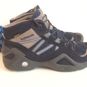 треккинговые ботинки Lowa  GoreTex  40 размер,