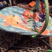 Музыкальный вибро шезлонг, кресло-качалка для новорожденного в отличном состоянии