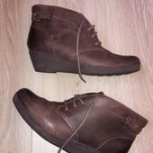 Ботинки Clarks р.40-41 стелька 26 см.