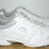 кожаные кроссовки 26 см