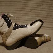 Эффектные трехцветные высокие кожаные ботинки Tommy Hilfiger США  40 р