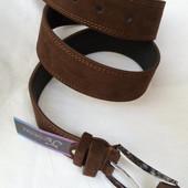 Замшевый ремень 45 мм тёмно-коричней с коричневыми краями прошитый коричневой ниткой пряжка с кожано
