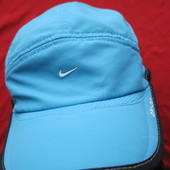 Nike Daybreak Dri-Fit спортивная кепка