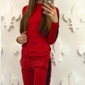 Размер 42-44 Женский спортивный костюм
