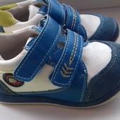 Кожанык кроссовки ТМ Солнце состояние идеальное, размер 22