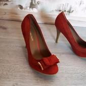 Новинка красивенные туфельки