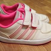 Кроссовки Adidas р-р. 25, 5 стелька 16, 5 см.