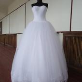Свадебное платье 42-46 р.р.