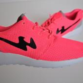 Кроссовки женские Bayota Roshe Run pink