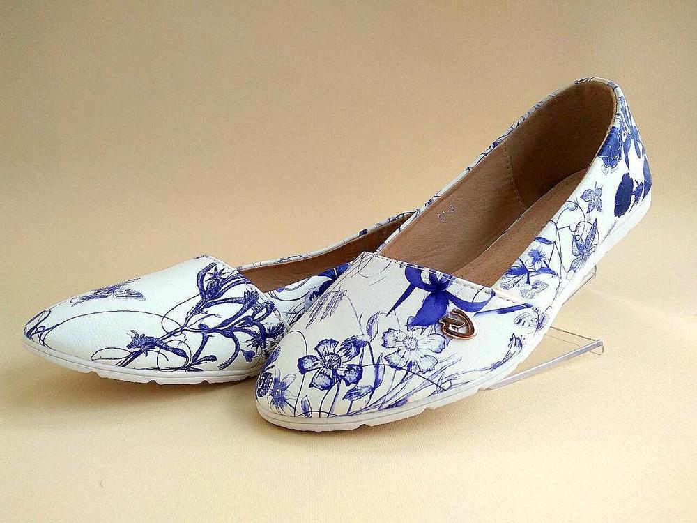 Белые балетки с цветочным принтом. размеры 35-41. фото №1