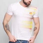 Яскраві футболки