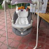 Chicco кресло качалка укачивающий центр