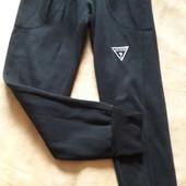 Спортивные штаны Guess р.46