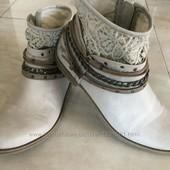 Демисезонные ботинки Мустанг 40 р