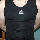 Спортивная фирменная термо майка adidas .м