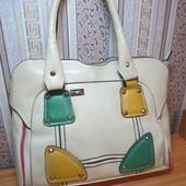 Оригинальная сумка кожзам бежевая с цветными вставками