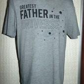Ститльная фирменная футболка бренд  Small (Смолл) .м -с.