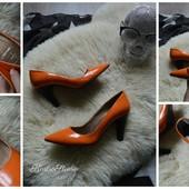 Яркие стильные туфли-лодочки р-р 36