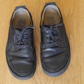 Туфлі шкіряні розмір 8 G на 42 стелька 28 см Clarks