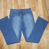 Новые джинсы хорошего качества. Смотрите замеры, полномерные. Размер на выбор.