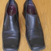 Туфлі шкіряні розмір 41 стелька 27,2 см Tamaris