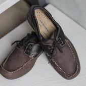 Классные фирменные туфли топ-сайдеры.Раз 41-42