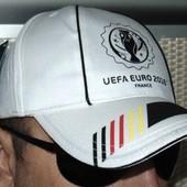 Спортивная новая  фирменная кепка EURO.м-л-хл.