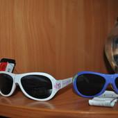 Солнцезащитные очки C&A.