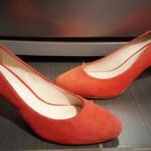 Теракотові туфлі Minelli з натурального замшу р.38. Устілка 25см