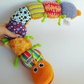 Мягкая игрушка - развивающая гусеница Lamaze