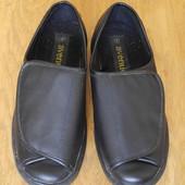 Туфлі розмір 9 на 43,5 стелька 28,6 см Avenue