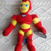 Супергерої Залізна людина та Росомаха від Marvel