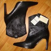 Новые кожаные ботинки mango