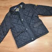 Очень крутая курточка на модного мальчика