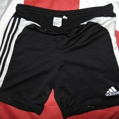Спортивние шорти шорты фирменние  Adidas м-л.