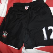 Спортивние оригинал  футбольние шорти труси ф.к Саупгемптон .s-m