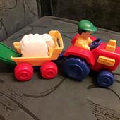 Трактор Tomy