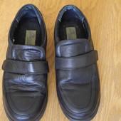 Туфлі шкіряні розмір 8 на 41,5 стелька 27,5 см Chums