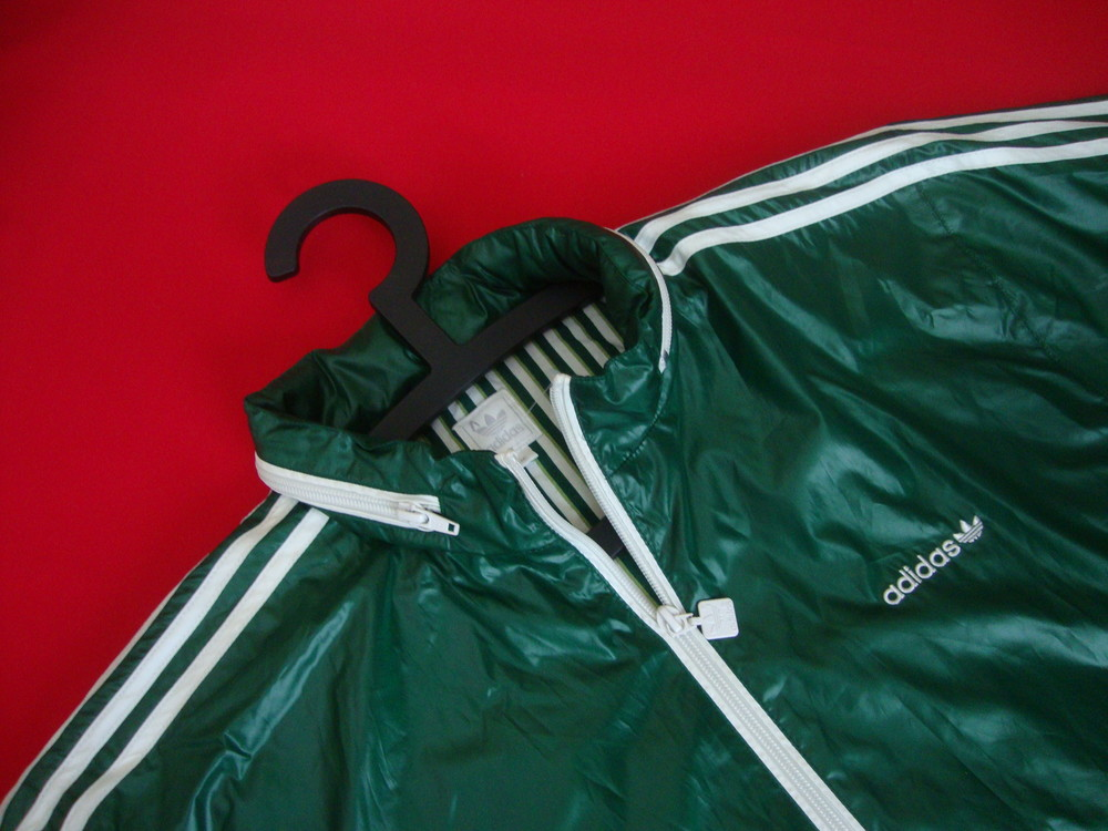 Куртка Adidas оригинал размер M фото №1