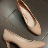 Нові туфлі Minelli нубук р.39.