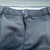 Штаны новые серые -примерно 52 размер