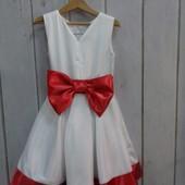 Нарядное платье на рост 116 см.
