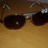 H&M Солнцезащитные очки для маленькой модници