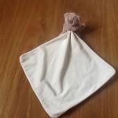 Игрушка мишка с полотенцем George.