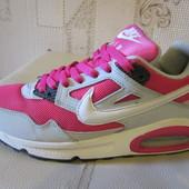 Продам стильные кроссовки Nike