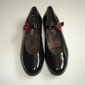 Salamander Кожаные туфли лодочки р 41 (UK 8), стелька 27 см ,  кожа внутри , кожа снаружи на узкую и