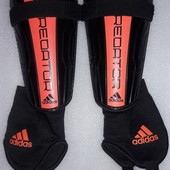 Щитки, защита для голени и стопы, экипировка футбольная Adidas Predator L