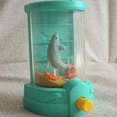 Водяная игрушка нашего детства дельфин с колечками Макдональдс