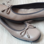 Супер туфли TLC р.6 стелька 25,5 см.